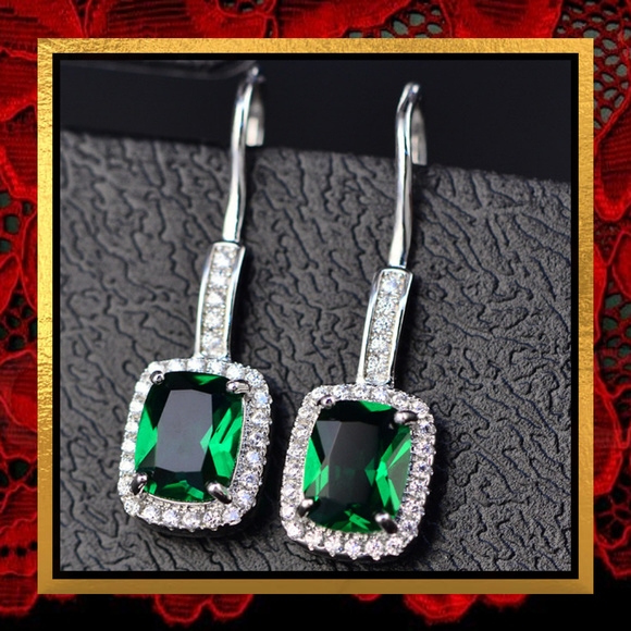 Jewelry - New Emerald Green Crystal Dangle Earrings   #286